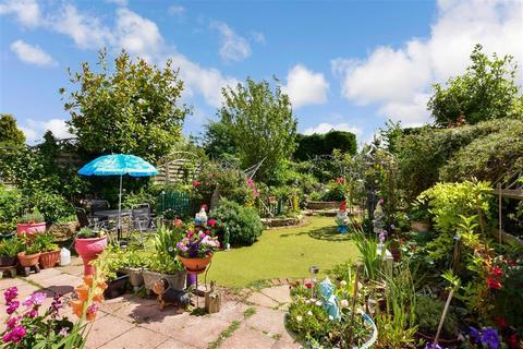 4 bedroom semi-detached bungalow for sale - Ash Road, Hartley, Longfield, Kent