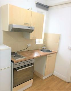 Studio to rent - Burnside Road, Dagenham, Essex, RM81XD