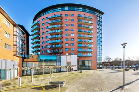 1 bedroom apartment for sale - Wells Crescent, Marconi Plaza, Chelmsford, Essex, CM1