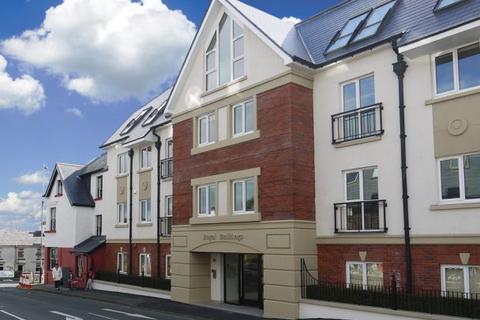 2 bedroom apartment to rent - Apt. 24 Royal Buildings, Main Road, Onchan