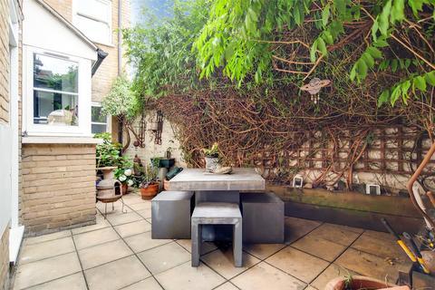 2 bedroom flat for sale - Ropery Street, London, E3
