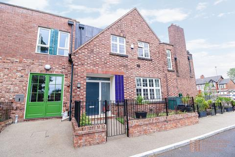 2 bedroom townhouse to rent - Orchard House 318 Ellenbrook Road, Boothstown, Manchester, M28