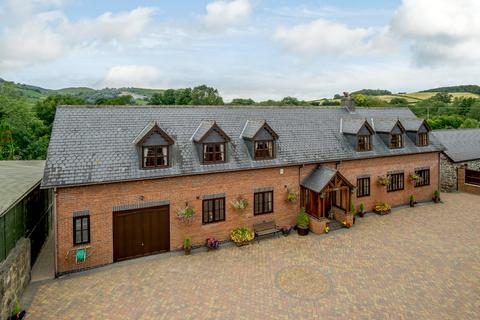 4 bedroom detached house for sale - Llanidloes Road, Newtown, Powys
