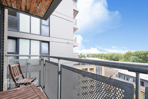 1 bedroom apartment for sale - Taylor Place, London