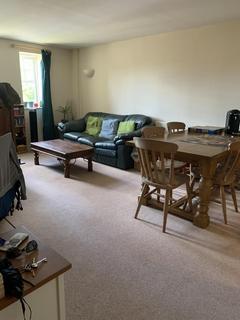 2 bedroom apartment to rent - Woking, Surrey, GU22