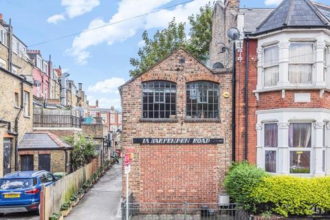 2 bedroom semi-detached house for sale - Harpenden Road, West Norwood