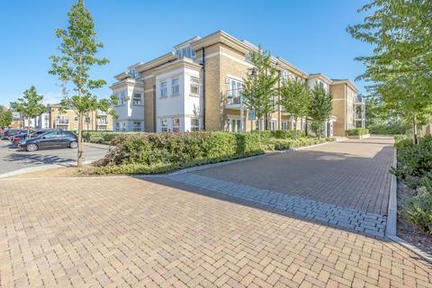 2 bedroom flat for sale - Hazelwood House,  Lower Sunbury,  TW16