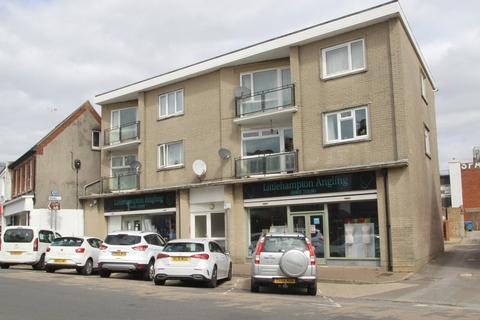 2 bedroom apartment for sale - Pier Road, Littlehampton