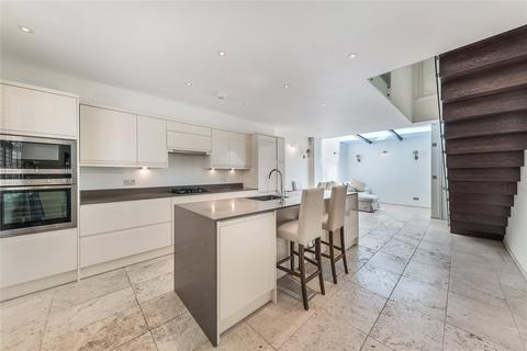 1 bedroom character property to rent - Kinnerton Place North, Belgravia, London, SW1X
