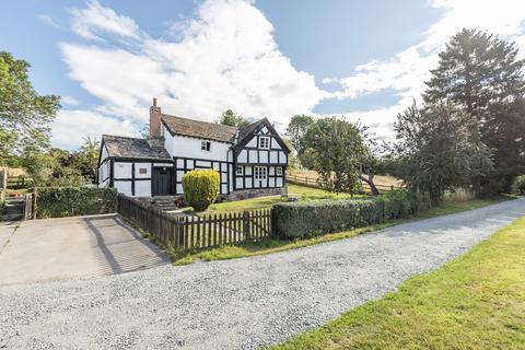 7 bedroom farm house for sale - 3/4 Bedroom Detached House, 3 Bedroom Detached Barn, Outbuildings and Land in Riverside Setting