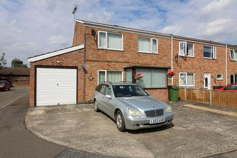 3 bedroom end of terrace house for sale - Thomas Manning Road, Diss