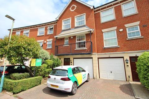 3 bedroom house to rent - Brookbank Close, Cheltenham, Glos