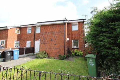4 bedroom townhouse to rent - Longworth Close, Flixton, Manchester, M41