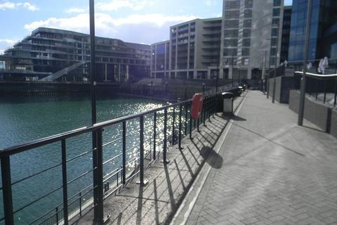 2 bedroom apartment to rent - Maritime Walk, Ocean Village, Southampton