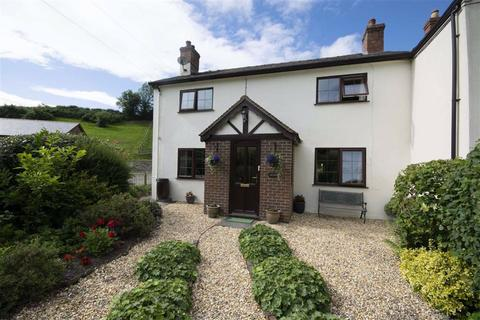 3 bedroom semi-detached house for sale - Llandyssil, Montgomery, SY15