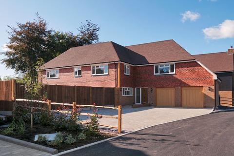 5 bedroom detached house for sale - Blacksmiths Court, Bredhurst, Gillingham, ME7
