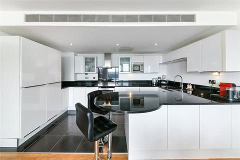 2 bedroom penthouse for sale - Adriatic Apartments, 20 Western Gateway, London, E16
