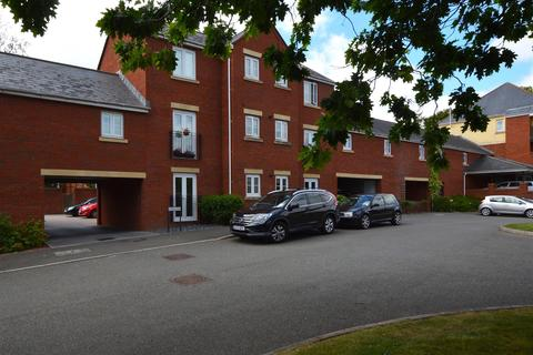 2 bedroom flat to rent - Russell Walk, Exeter