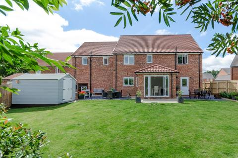 5 bedroom detached house for sale - Greenway Park, Green Hammerton,