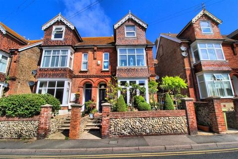 2 bedroom maisonette for sale - Sutton Road, Seaford, East Sussex