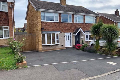 3 bedroom semi-detached house to rent - 56, Queensway Drive, Bridgnorth, Shropshire, WV16
