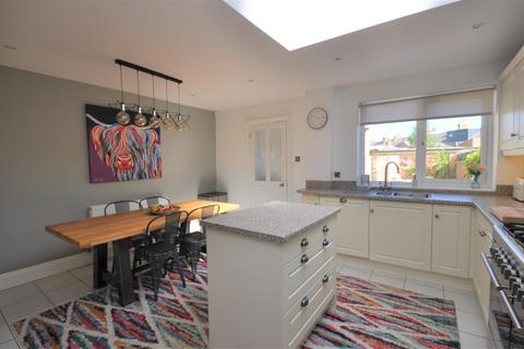 4 bedroom townhouse for sale - Acomb Road, York, YO24 4EW