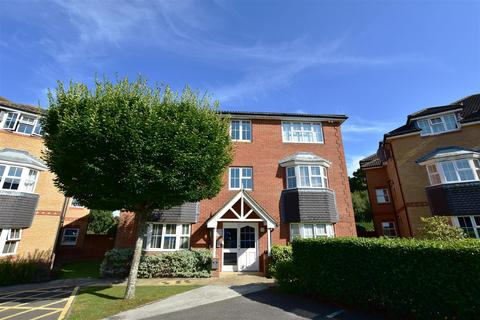 2 bedroom flat for sale - Bryony Drive, Kingsnorth, Ashford