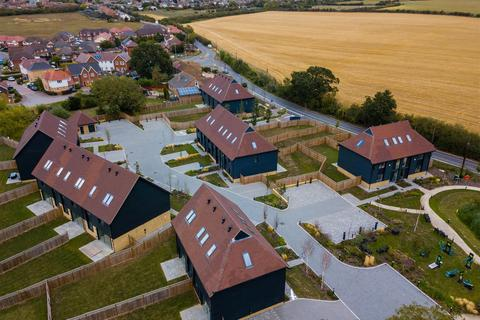4 bedroom semi-detached house for sale - SHOW HOME OPEN EVERY SATURDAY 10 am - 3 pm * £500 contribution towards legal fees * T's and C's apply within