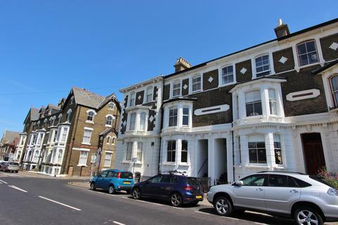 4 bedroom terraced house for sale - Victoria Road, Deal
