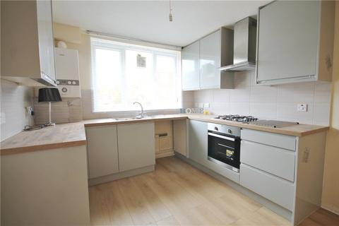 4 bedroom terraced house to rent - Waverton Road, London, SW18