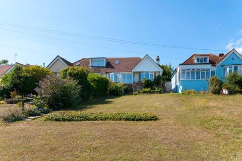 2 bedroom bungalow for sale - Bishopstone Road, Bishopstone, Seaford, East Sussex, BN25 2UB