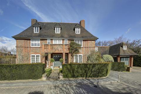 6 bedroom house - Linnell Drive, Hampstead Garden Suburb NW11