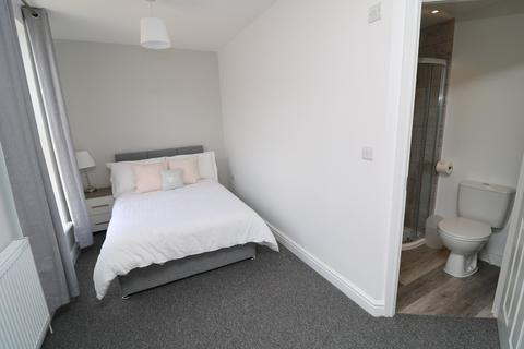 8 bedroom house share to rent - Parrock Street