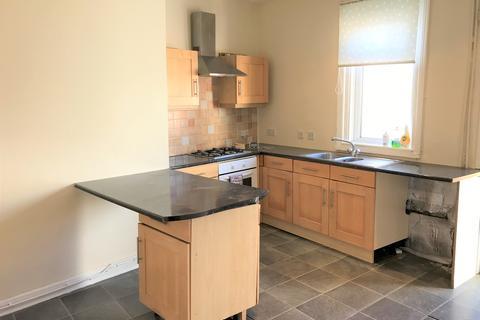 2 bedroom end of terrace house to rent - Glenwood Street , Blackpool FY3