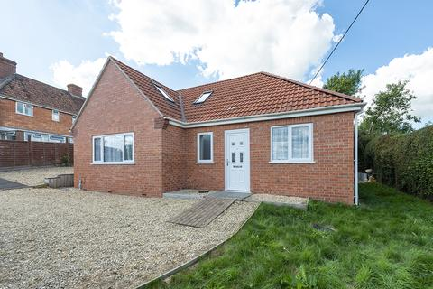 3 bedroom detached bungalow for sale - Manor Road, Milborne Port, Sherborne, DT9