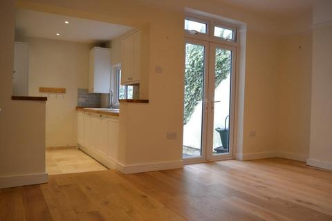 3 bedroom terraced house to rent - St Philips Street, Leckhampton, Cheltenham