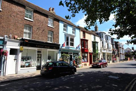 4 bedroom townhouse for sale - High Street, Deal, CT14