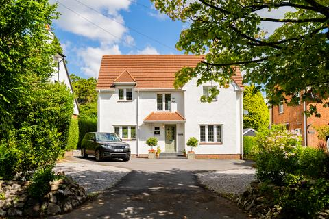 4 bedroom property for sale - 26 Caswell Road