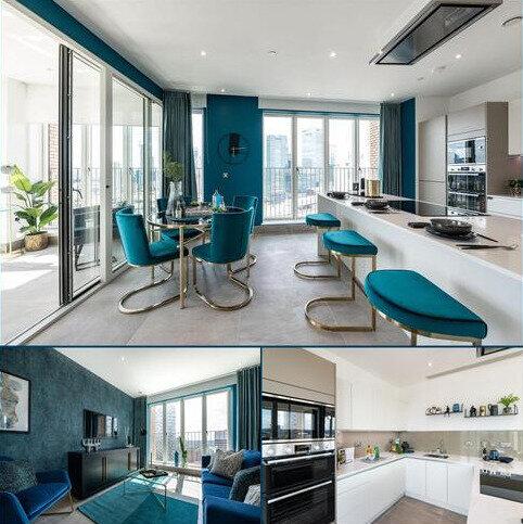 3 bedroom penthouse for sale - Plot 128, The Navigator at Blackwall Reach, Royal Captain Court, 26 Arniston Way, Poplar, London E14