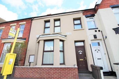 1 bedroom house share to rent - Crosby Road South, Liverpool