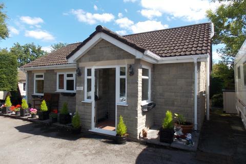 1 bedroom detached bungalow to rent - School Road, Oldland Common, Bristol BS30