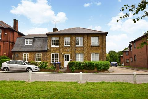 5 bedroom detached house for sale - The Alders, Windsor Lane, Burnham, SL1