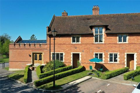 3 bedroom end of terrace house to rent - Abbey Gardens, Upper Woolhampton, Reading, Berkshire, RG7