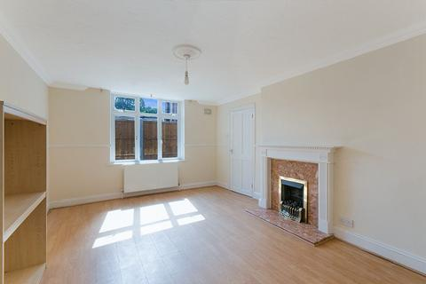 3 bedroom semi-detached house to rent - Salmon Street, Limehouse, London, E14