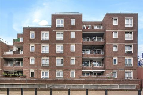 3 bedroom flat for sale - Oast Court, 10 Three Colt Street, London, E14