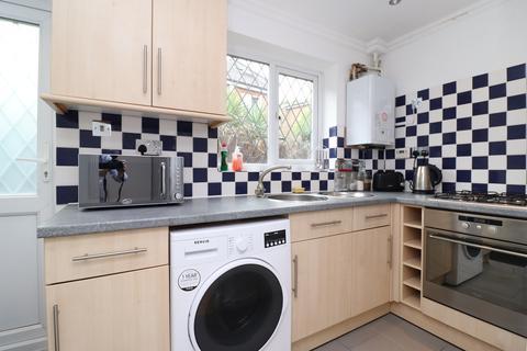 3 bedroom semi-detached house to rent - Stepney Green, London E1