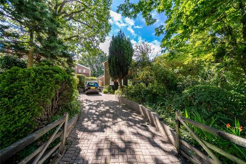 3 bedroom detached house for sale - Lanchester Road, London, N6