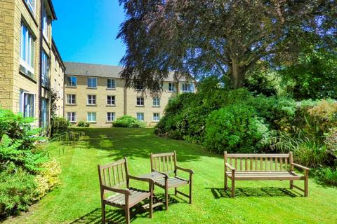 2 bedroom apartment to rent - Mullings Court, CIRENCESTER