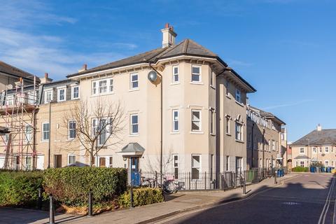 3 bedroom apartment for sale - St. Matthews Gardens, Cambridge