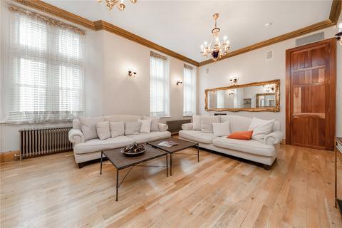 3 bedroom flat for sale - Bolsover Street, London, W1W